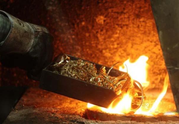 Πως φτιάχνονται οι ράβδοι χρυσού (2)