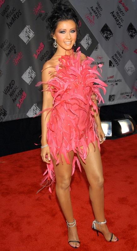 Η σοκαριστική αλλαγή της Christina Aguilera από το 1999 μέχρι σήμερα (5)