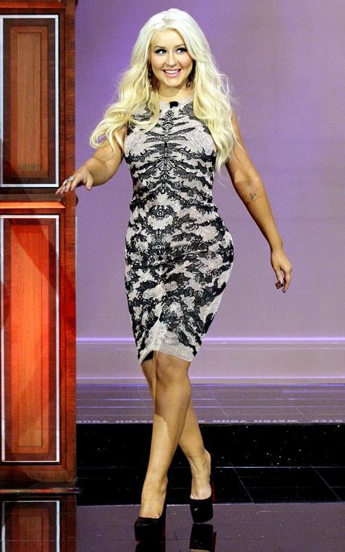 Η σοκαριστική αλλαγή της Christina Aguilera από το 1999 μέχρι σήμερα (20)