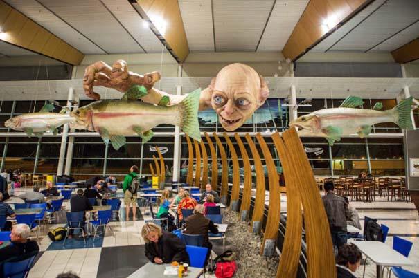 «Τρομακτική» διακόσμηση σε αεροδρόμιο της Νέας Ζηλανδίας (1)