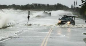 Το πέρασμα του τυφώνα Sandy σε 82 φωτογραφίες που προκαλούν δέος