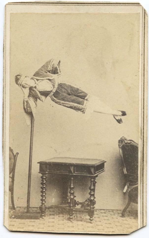 Ανεξήγητες ασπρόμαυρες φωτογραφίες (16)