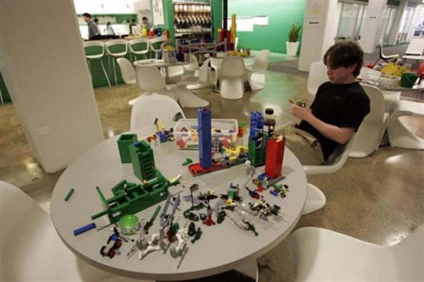 Η δουλειά στα γραφεία της Google είναι... διασκέδαση (30)