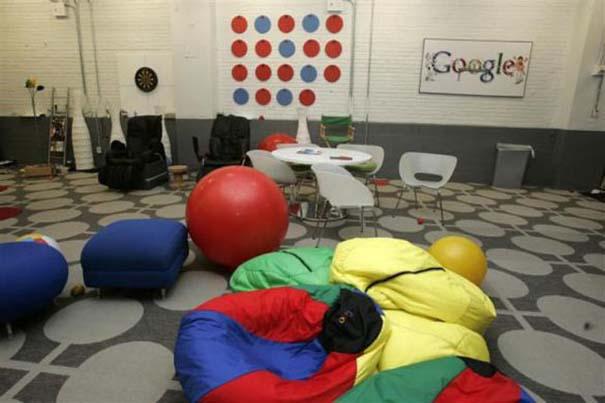 Η δουλειά στα γραφεία της Google είναι... διασκέδαση (32)