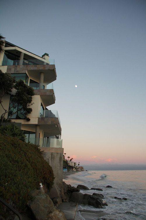 Εντυπωσιακά σπίτια στην παραλία (28)