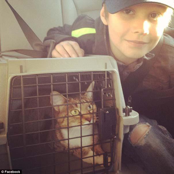 Πατέρας υποσχέθηκε να πάρει γάτα στα παιδιά του αν μαζέψουν 1000 Likes στο Facebook (2)