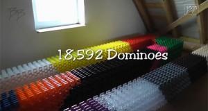 Το μακρύτερο 3D Domino στον κόσμο (Video)