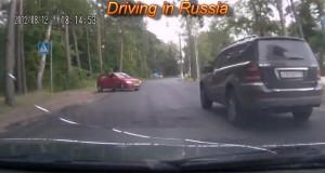 Οδηγώντας στους δρόμους της Ρωσίας… (Video)
