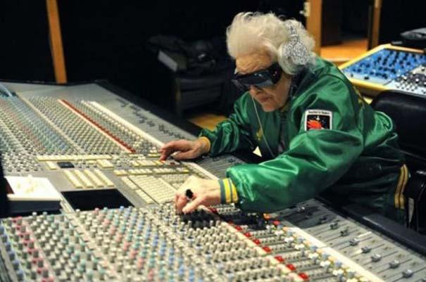 Παράξενοι ηλικιωμένοι άνθρωποι (9)