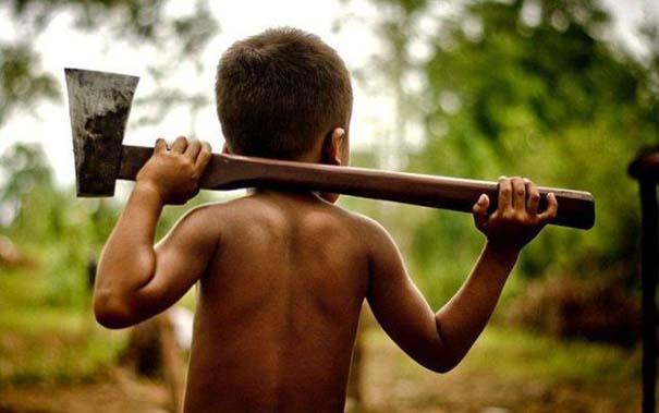 Σοκαριστικό σνακ για τα παιδιά της Καμπότζης (3)