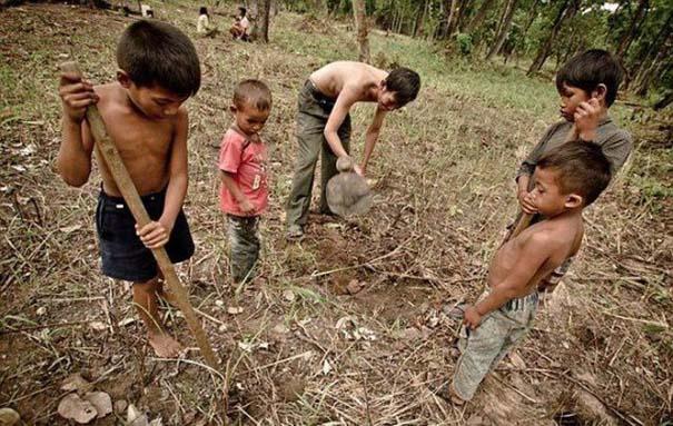 Σοκαριστικό σνακ για τα παιδιά της Καμπότζης (8)