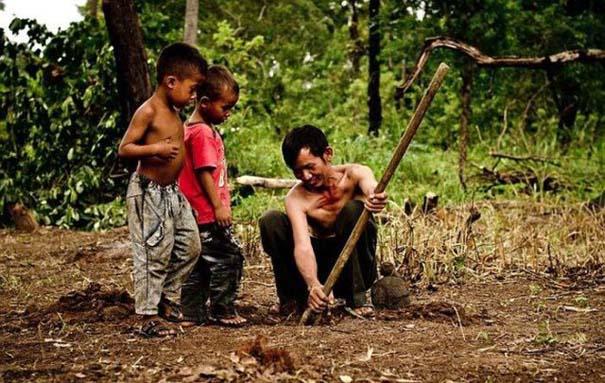 Σοκαριστικό σνακ για τα παιδιά της Καμπότζης (9)