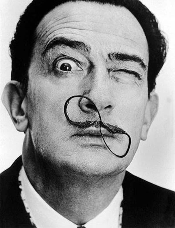 «Σοβαροί» διάσημοι σε αστείες στιγμές (15)