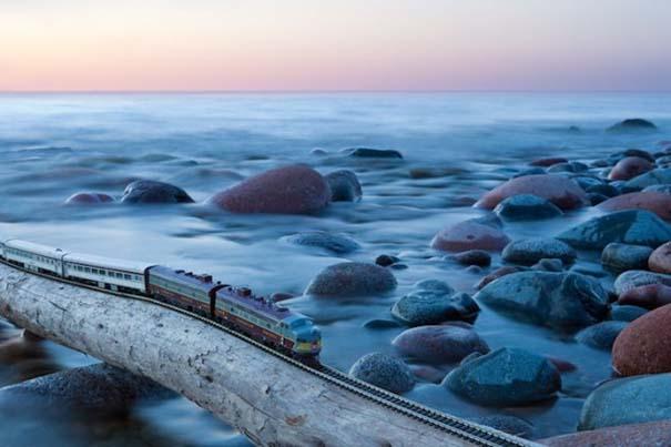 Εκπληκτικές φωτογραφίες ενός τρένου μινιατούρας που διασχίζει τον Καναδά (13)