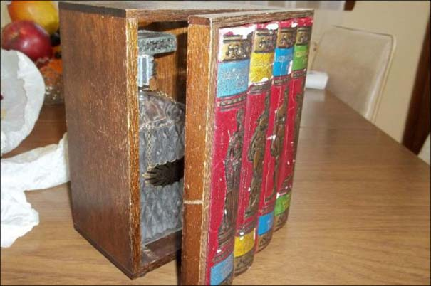 Βιβλιοθήκες που έχουν κρυμμένα μυστικά (2)