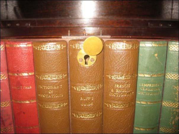 Βιβλιοθήκες που έχουν κρυμμένα μυστικά (7)
