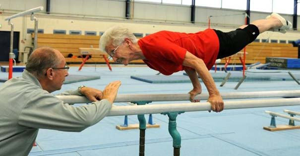 86χρονη γυμνάστρια (3)