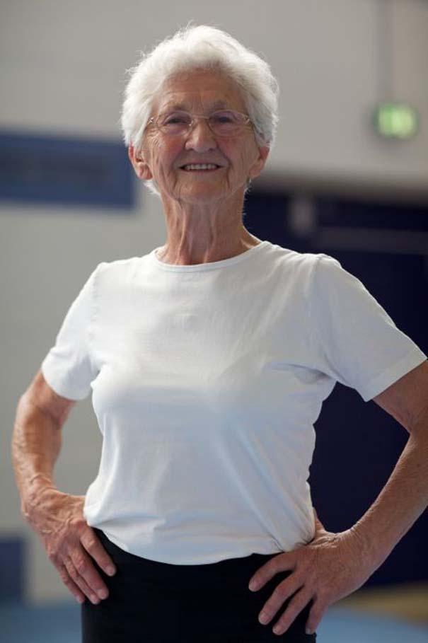 86χρονη γυμνάστρια (19)