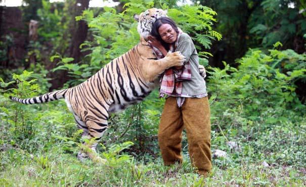 Αυτός ο άνθρωπος έχει έναν πολύ ξεχωριστό φίλο... (7)
