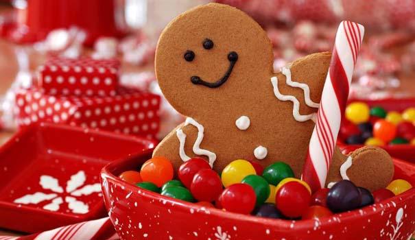 Αστεία χριστουγεννιάτικα δέντρα: Η κρίση μας κάνει ευρηματικούς! (1)