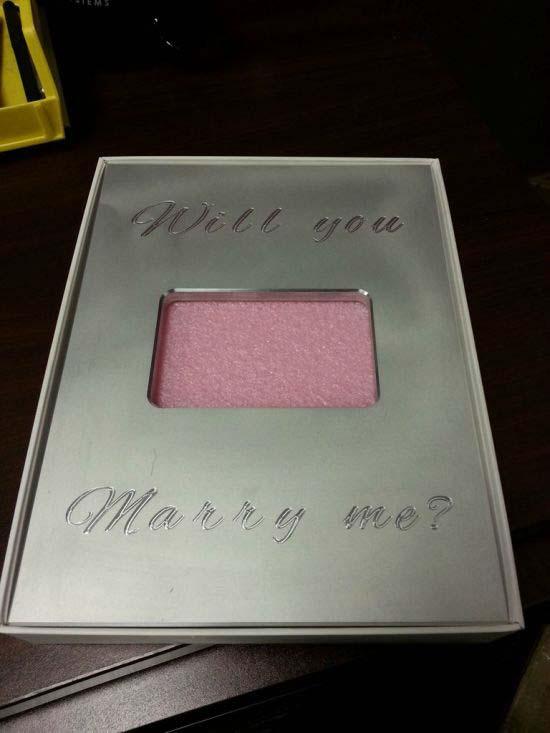 Το δώρο iPad από τον φίλο της έκρυβε μια έκπληξη (15)