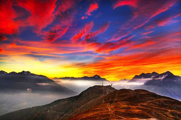 Έκρηξη χρωμάτων στον ουρανό - Φωτογραφίες που κόβουν την ανάσα (2)