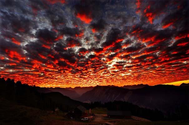 Έκρηξη χρωμάτων στον ουρανό - Φωτογραφίες που κόβουν την ανάσα (10)