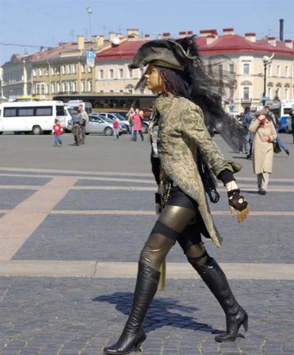 Εν τω μεταξύ στη Ρωσία… (9)