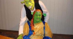 Ζευγάρι έκανε γάμο εμπνευσμένο από τον Shrek
