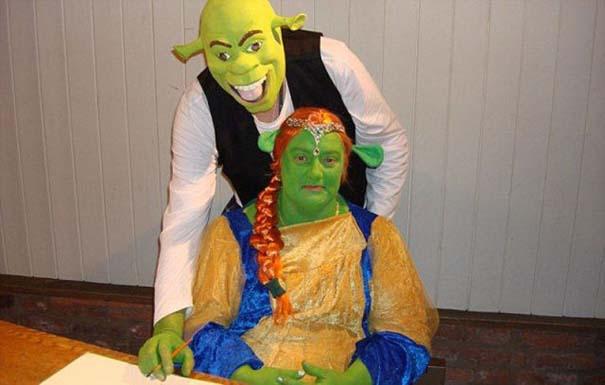 Ζευγάρι έκανε γάμο εμπνευσμένο από τον Shrek (1)