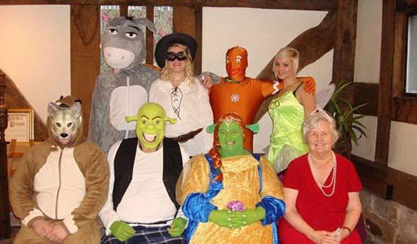 Ζευγάρι έκανε γάμο εμπνευσμένο από τον Shrek (5)