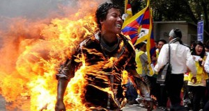 Το 2012 μέσα από 69 συγκλονιστικές φωτογραφίες