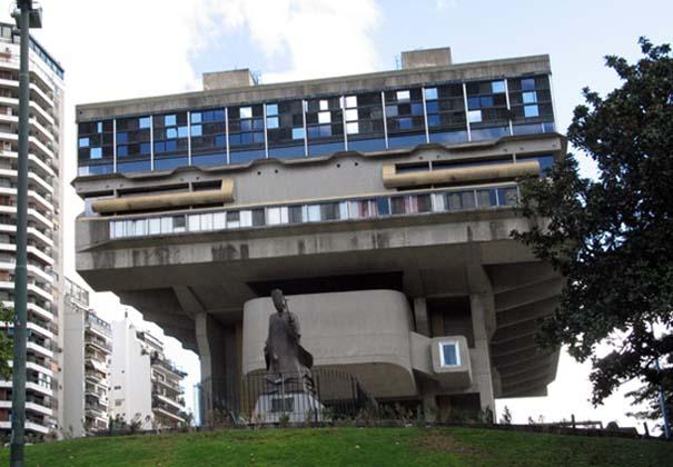 25 από τα πιο άσχημα κτήρια στον κόσμο (14)