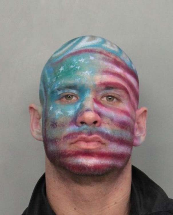 Οι πιο τραγικές φωτογραφίες συλληφθέντων του 2012 (6)