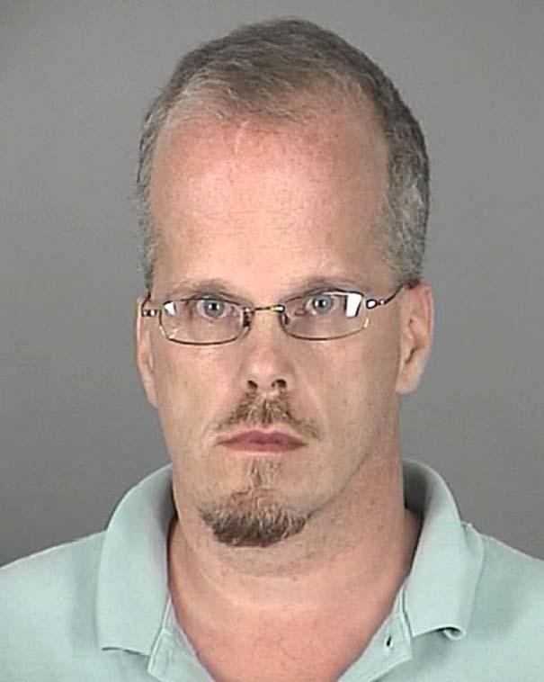 Οι πιο τραγικές φωτογραφίες συλληφθέντων του 2012 (25)