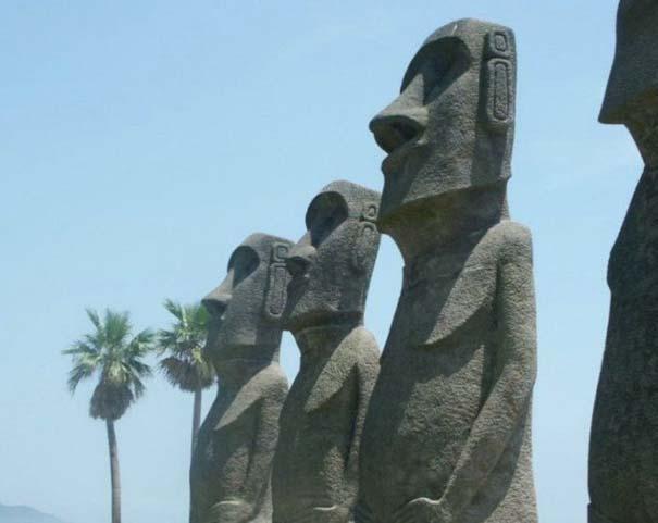 Παράξενα γλυπτά & αγάλματα (10)