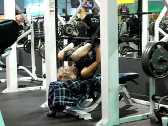 Παράξενες & αστείες στιγμές στο γυμναστήριο (23)