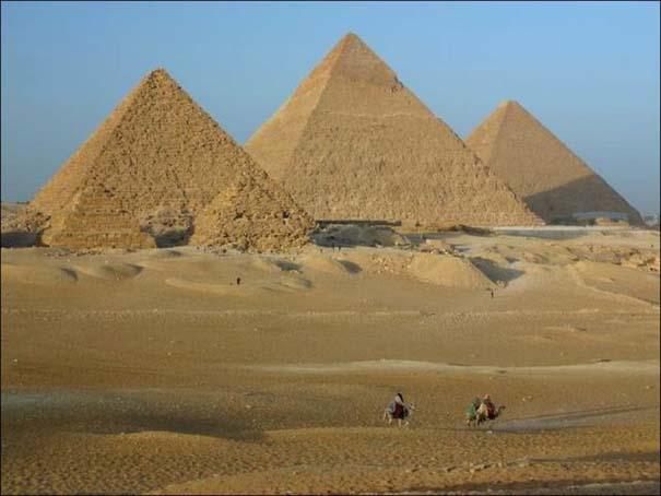 Οι Πυραμίδες από μια διαφορετική προοπτική (1)