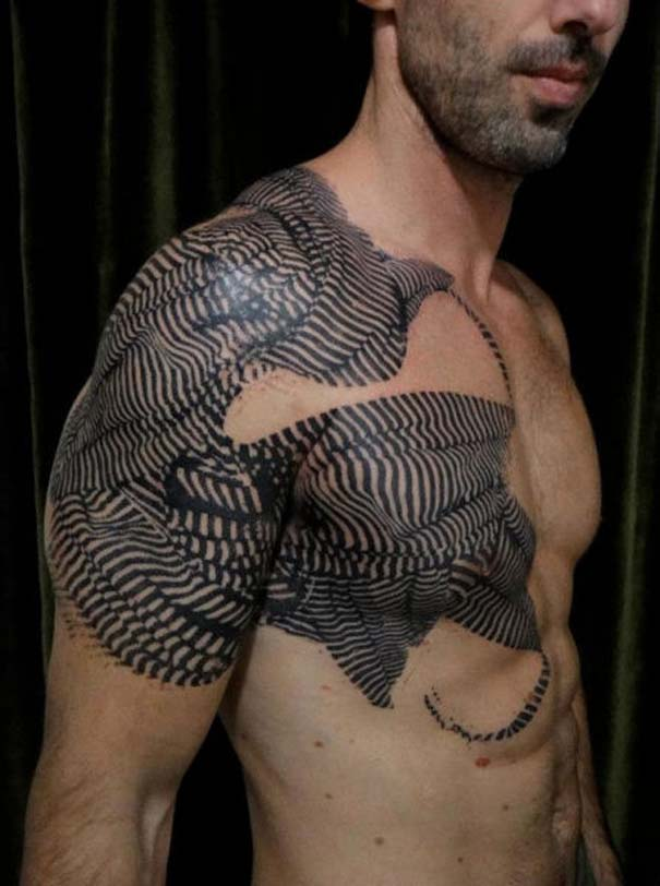 Τατουάζ που μοιάζουν βγαλμένα από το Photoshop (12)