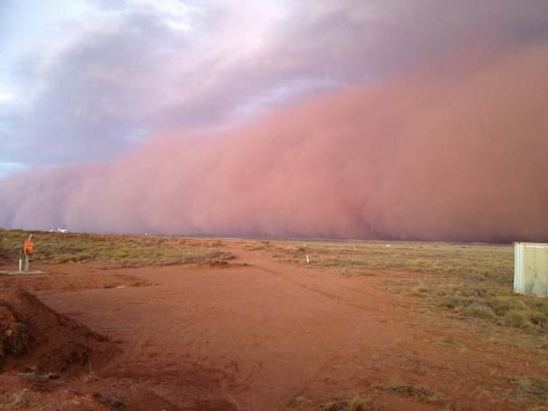«Τσουνάμι» σκόνης στην Αυστραλία (4)