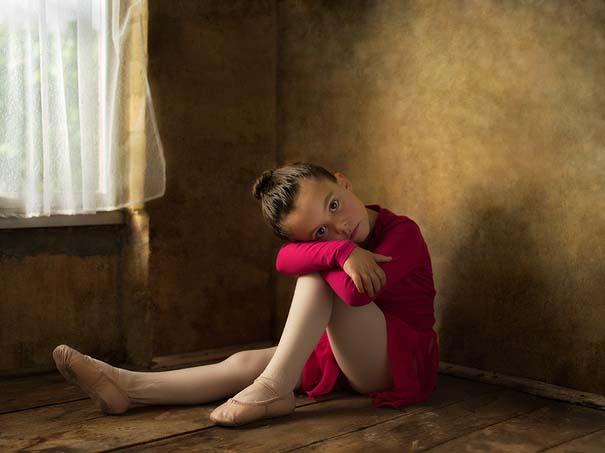 15 κλασσικοί πίνακες ζωγραφικής σε υπέροχες αναπαραστάσεις από ένα μικρό κορίτσι (7)