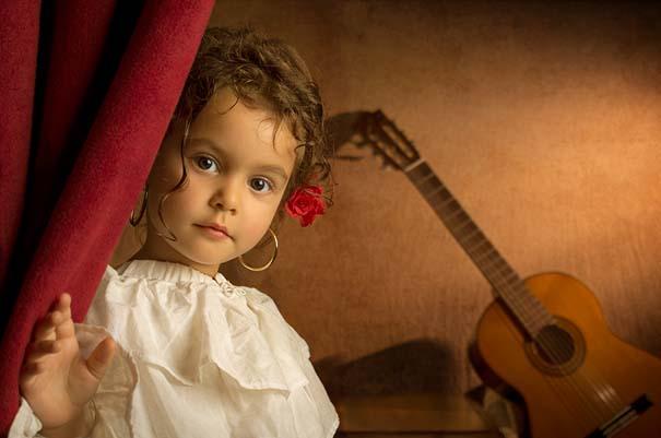 15 κλασσικοί πίνακες ζωγραφικής σε υπέροχες αναπαραστάσεις από ένα μικρό κορίτσι (12)