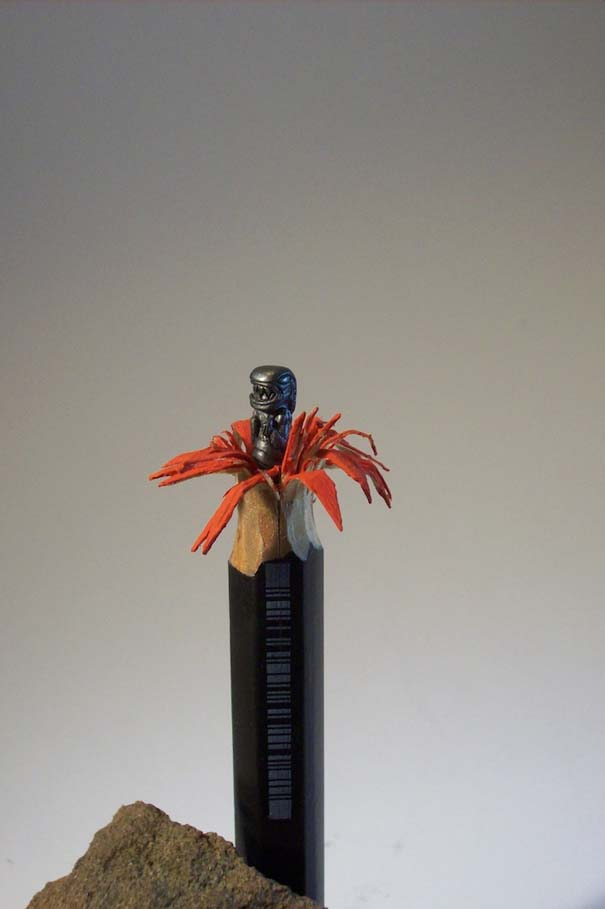 Απίστευτα γλυπτά μινιατούρες από μολύβια (11)