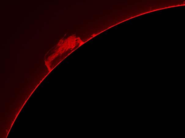 Άνδρας βγάζει απίστευτες φωτογραφίες του Ήλιου από την αυλή του (7)