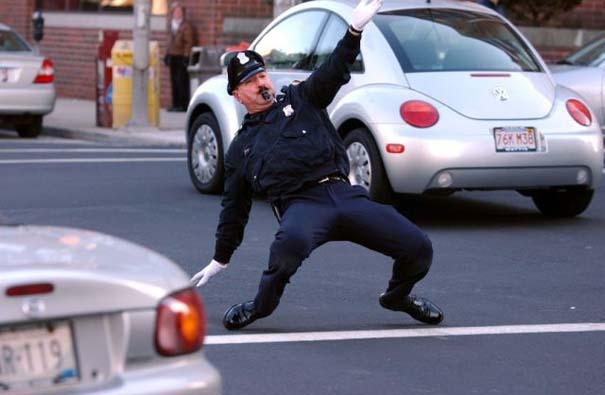 Αστυνομικοί που ξεφεύγουν από τα συνηθισμένα (7)