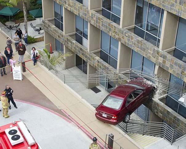 Εξαιρετικά σπάνιο τροχαίο ατύχημα (4)