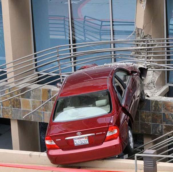 Εξαιρετικά σπάνιο τροχαίο ατύχημα (6)