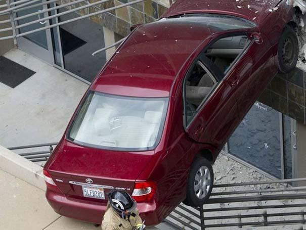 Εξαιρετικά σπάνιο τροχαίο ατύχημα (7)