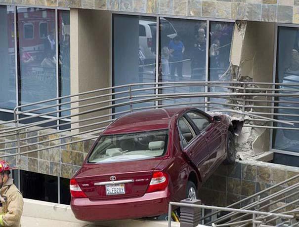 Εξαιρετικά σπάνιο τροχαίο ατύχημα (14)