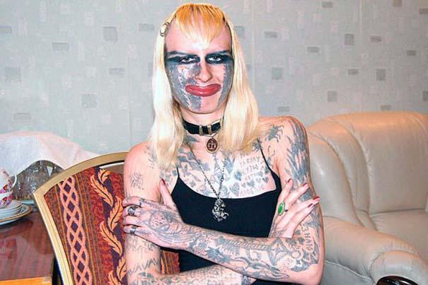 Κοπέλα από τη Ρωσία πέρασε τα τατουάζ σε άλλο επίπεδο (2)